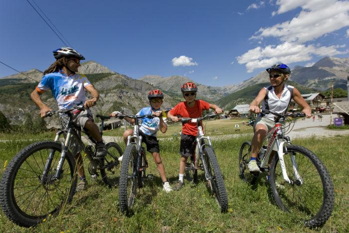Val-d'Allos-itineraires-VTT-Familles-b