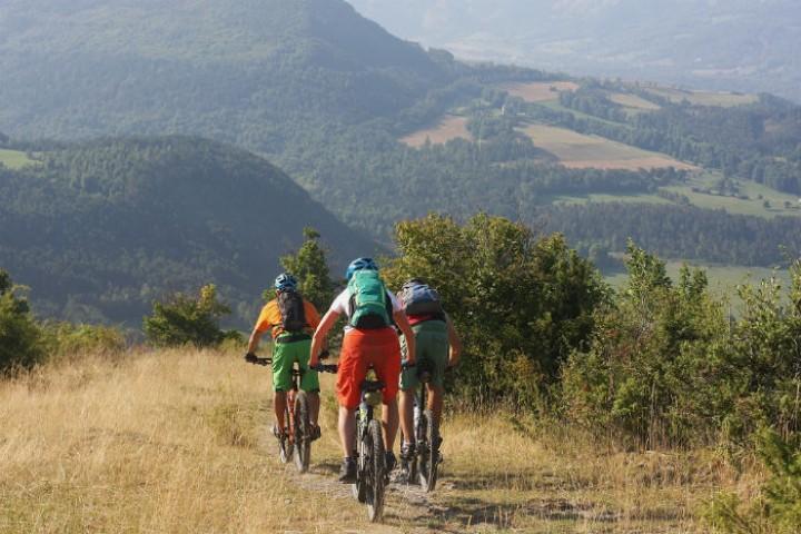 alpes-provence-vtt-bike-sport-magazine-1